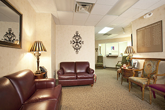 locations-carybreastcenter-lobby